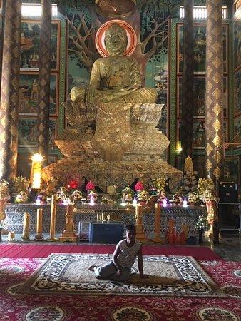Vipassana Dhurak Buddhist Centre of Kingdom of Cambodia