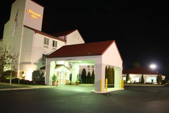 Hampton Inn Sandusky-Central: Exterior