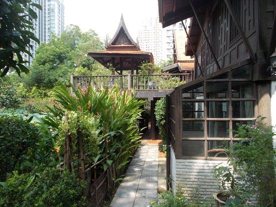 Bangkok, Thailand: M.R.Kukarits