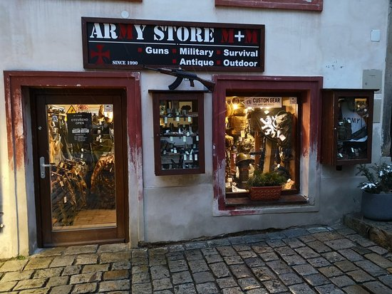 Army store M+M