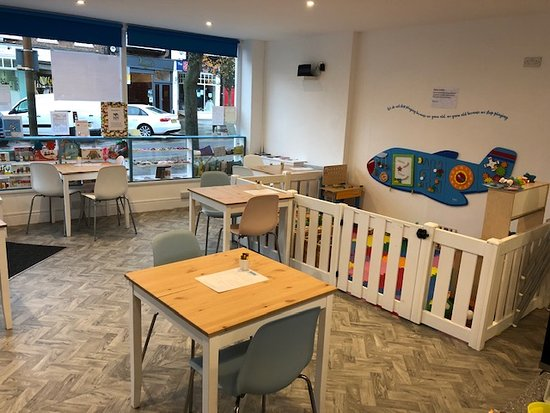 Lovely Kid Friendly Cafe Reviews, Cafe Kid Furniture
