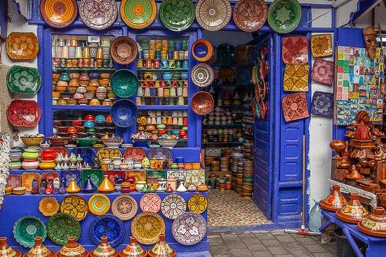 Medina de Esauira: small shop in the medina