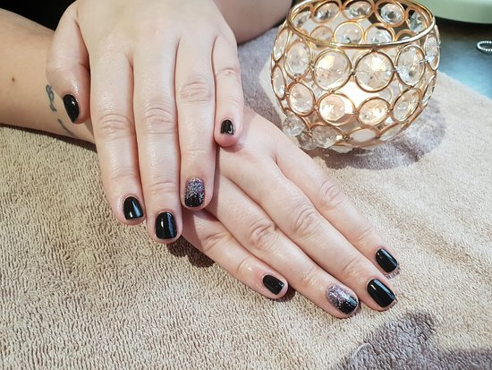 Στάμφορντ, UK: Gel File & Polish at The Ivy Lodge