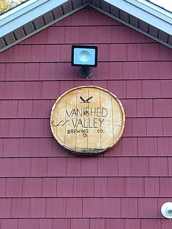 Ludlow, ماساتشوستس: Vanished Valley Brewing Co