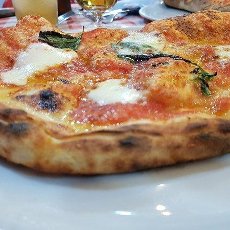 imagen Tratoria-Pizzeria Los Napolitanos en Cádiz