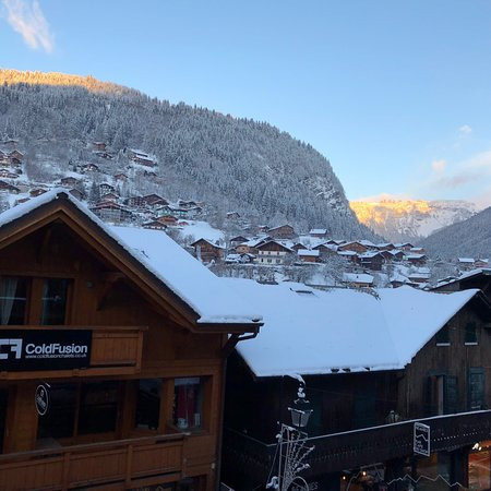 First time to Morzine & 'laid back luxury' with More Mountain.