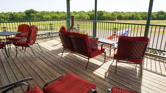 Iowa Park, TX: Balcony