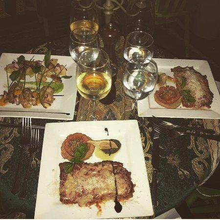 Mediterraneo Restaurant Photo