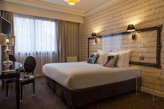 hotel the originals boutique paris ouest rueil malmaison. Black Bedroom Furniture Sets. Home Design Ideas