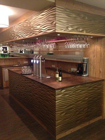 Sankt Valentin, Österrike: Bar Restaurant zum grünen Baum St. Valentin