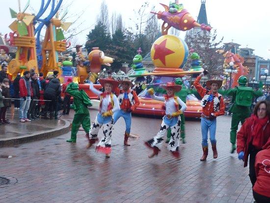 Disneyland Paris: Parade