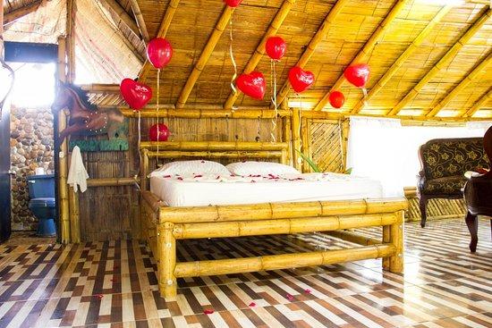 Cocorna, Colombia: Noche Romántica - la heliconia