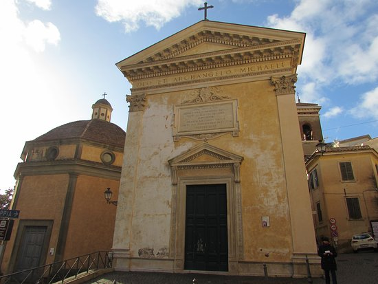 Velletri, Italien: Chiesa di San Michele Arcangelo