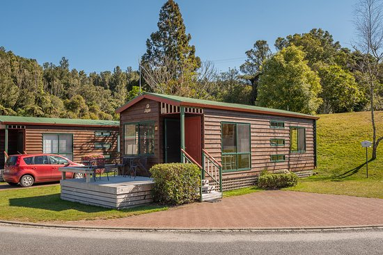 Blue Lake TOP 10 Holiday Park & Motel: Jayco cabin exterior