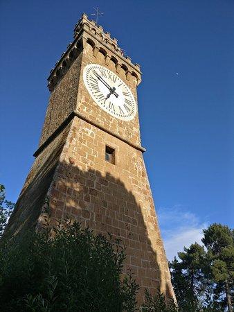 Radicofani, إيطاليا: מגדל השעון.