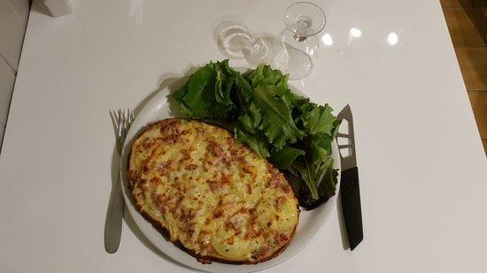 nouveau  Tartines à table servie avec  salade 9,50€ à emporter 7€