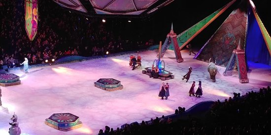 Uniondale, NY: Frozen on Ice!!!