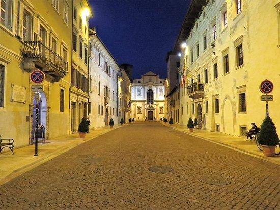 Via Belenzani