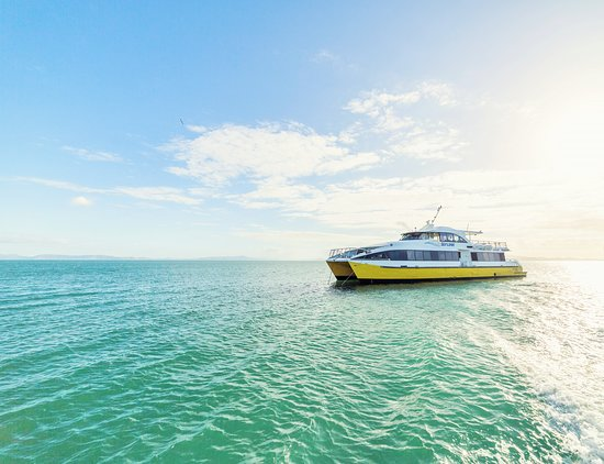 SeaLink Queensland - Magnetic Island Ferry Services