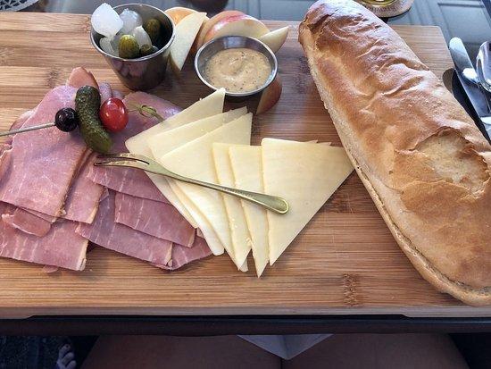 Bucksport, Мэн: Paper Maker's Sandwich