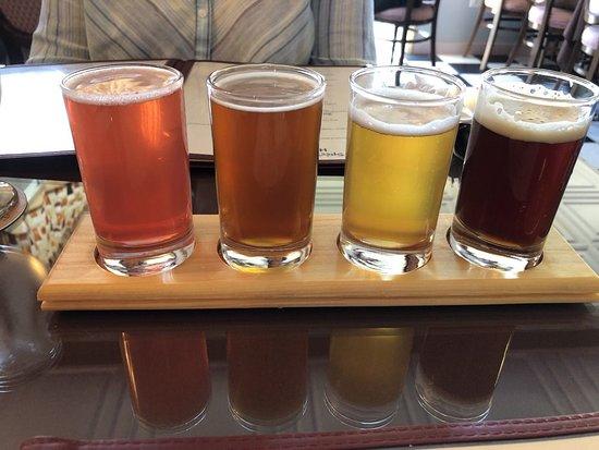 Bucksport, Мэн: Summer Beer Flight
