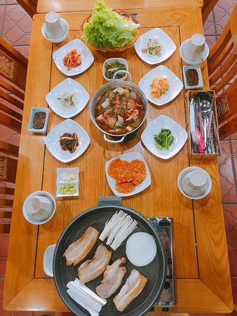 Korean Pork Barbeque and Spicy seafood stew