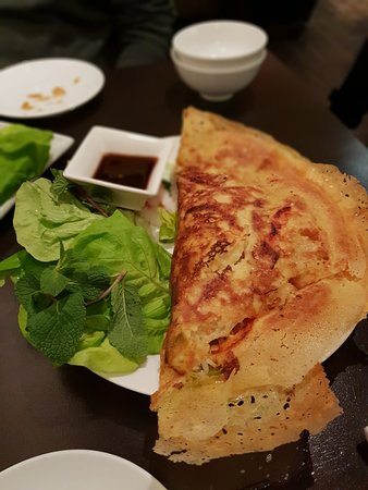 Saigon Saigon: Vegetarian crispy crepe