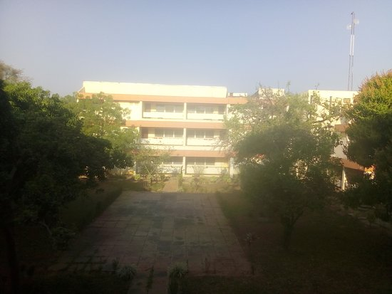Zaria, ไนจีเรีย: This is the view of the backside of the reception and the main building from my room