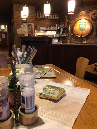 Trochtelfingen, Germany: brewery restaurant
