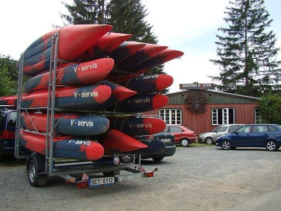 Roztoky, Republik Ceko: Lodě Berounka