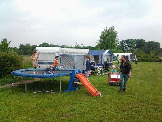 Noord-Brabant, Nederland: kamperen bij Natuurkampeerterrein Op t Hogt