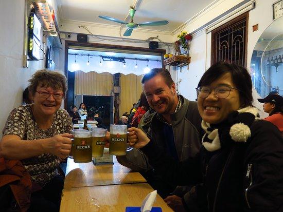 하노이 애프터 다크 : 개인 거리 음식, 음료 및 이야기 여행 이미지