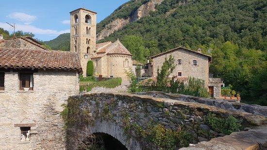 Iglesia de San Cristobal de Beget