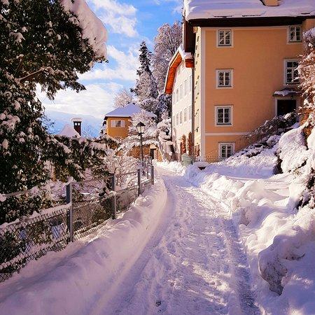 """Зальцбург просто Красавец! А когда его еще окутывает снег, то он становится просто неотразим! *** На моей экскурсии """"Нескучные Прогулки по Сцене Мира"""""""