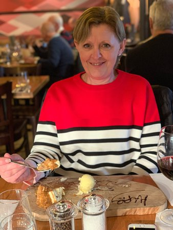 Middletons Steakhouse & Grill Norwich: Happy birthday to Teresa  looked after like s princess by Boulaid  thank you xx