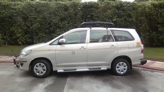 Indira Gandhi Intl Airport: Delhi Airport To Outstation Tour Car Hire Taxi Rental Service.