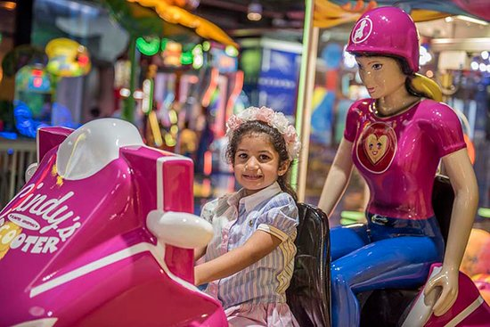 Funquest is a big scale amusement center marketed toward families with small children or teenagers. Location:Yall mall,  63 Dabous St, Fahaheel, Al-Ahmadi Governorate, Kuwait / https://goo.gl/maps/XspADYD3gY32