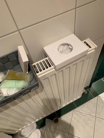 Kuhtai, Αυστρία: Notablage, da sonst im Badezimmer kein Platz war