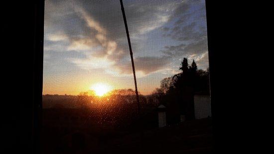 Santa Eulalia de Ronsana, ספרד: LEVER DE SOLEIL