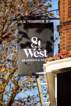84 West Brasserie & Grill 사진