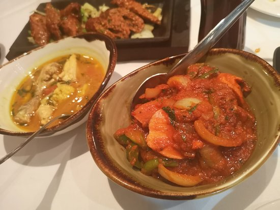 Panas Nepalese Dining: Chicken Chilli, House Chicken Curry