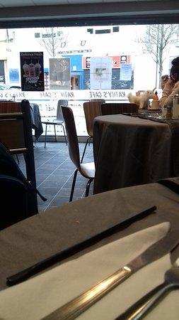 Kilwinning, UK: Kathy`s Cafe , wide angle