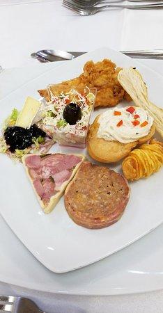 Northwest Romania, โรมาเนีย: Good food, great location