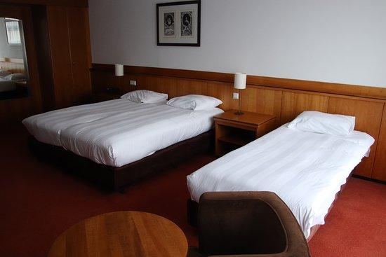 Hotel Schiphol: Ruime 3-persoonskamer