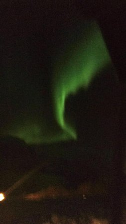 Olderdalen, Νορβηγία: Terrible quality, but this was taken with an iphone from our lodge room window