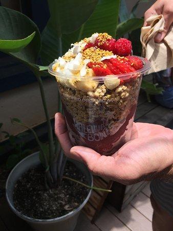 Haleiwa Bowls: Tasty acai sorbet bowl from Haleiwa Bowl in Haleiwa