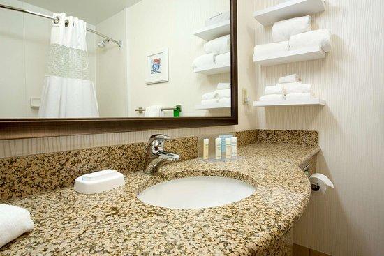 Saint Ann, MO: Guest room
