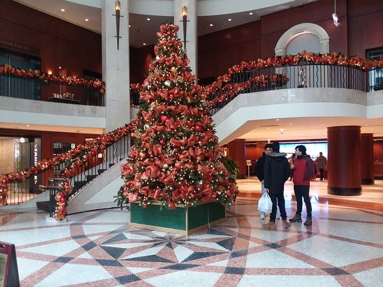 The Magnificent Mile: Hotel Lobby