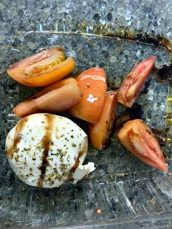 Crofton, MD: Carryout: Burrata E Pomodori (fresh imported buffalo mozzarella ball, sliced tomatoes, EVOO, garlic & balsamic glaze)