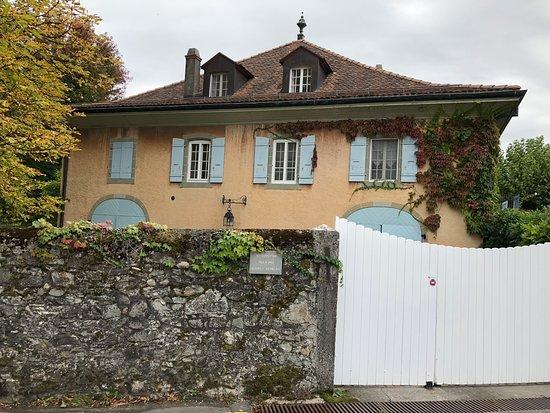 Tolochenaz, สวิตเซอร์แลนด์: 門が閉まっていて中までは見えませんでした